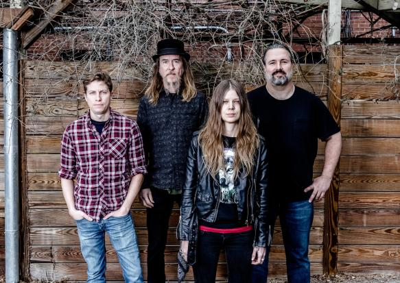 Sarah_Shook_Disarmers_Promo_Photo_by_John_Gessner_2018__0.jpg